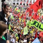 Correa, llama a los soldados y advierte que se quiere desestabilizar al gobierno