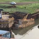 CANAL DE PANAMÁ Continúan trabajos para reparar muro en esclusas de Miraflores