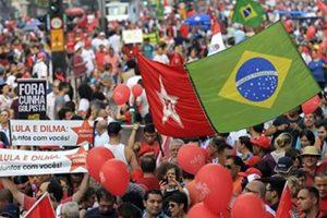 Brasil sigue movilizado en defensa de Rousseff