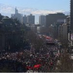 Protestan miles en Chile por estafa de administradoras de pensiones