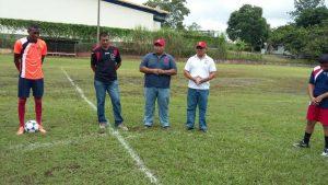 """Inicia liga interna de fútbol en """"Galletas Pascual"""""""
