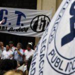 Trabajadores públicos de Argentina fijan fecha de paro