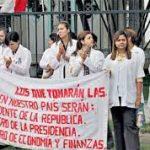 Huelga médica paraliza hospitales por 48 horas